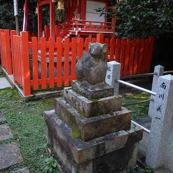 74-大豊神社大国社狛ねずみPA060014.JPG